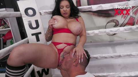 Boxing with Sex and Massive Squirting